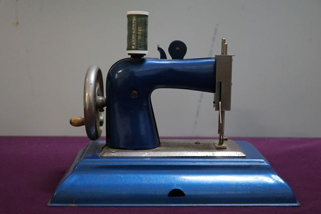 Casige Toy Sewing Machine