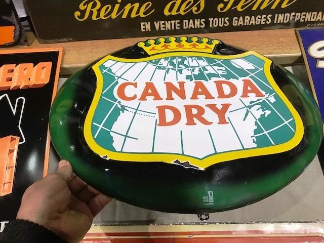 ARRIVING NOVEMBER CANADA Dry Advertising Sign