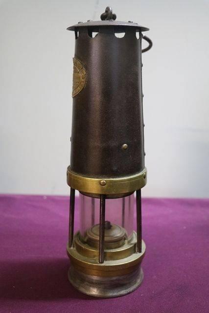 John Davies and Son andquotDerbyandquot No 2A Miners Lamp