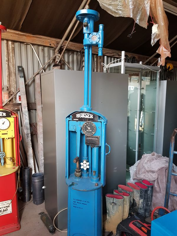 Bowser Red Sentry Manual Petrol Pump