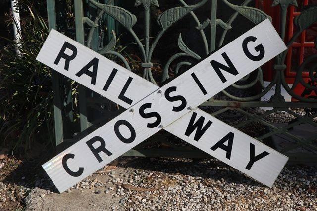 Railway Crossing Reflective Cross Bucks Railroad Aluminium sign