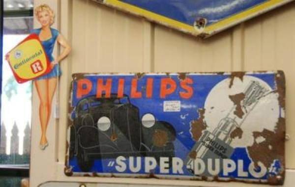 Antique Enamel Sign - Philips Super Duplo----- S A 6