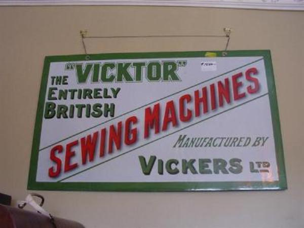 MINT VICTOR SEWING MACHINE ENAMEL SIGN ---SEW52