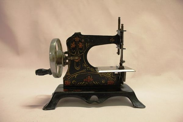 Antique German Tin Plate Sewing Machine