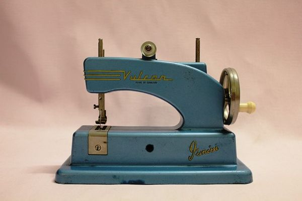 Vulcan Junior Sewing Machine