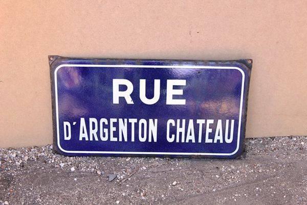 FrenchEnamel Street Sign