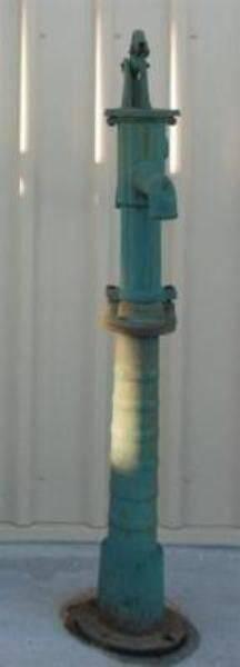 Cast Iron Fluted Pump --- CI 19