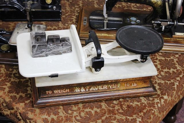 Antique W and T Avery Scales And Weights
