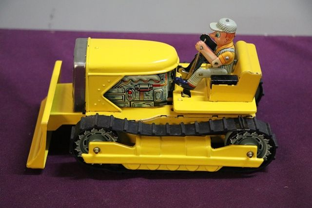 Battery Operated Line Mar Toys Bulldozer