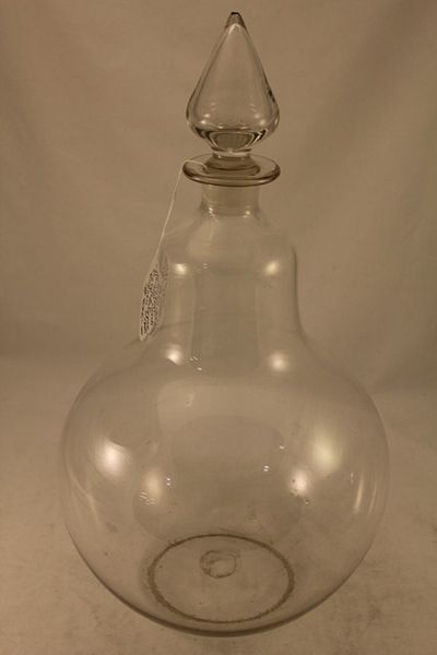 Carboy Pear Shaped Apothecary Bottle With Clear Drop Stopper