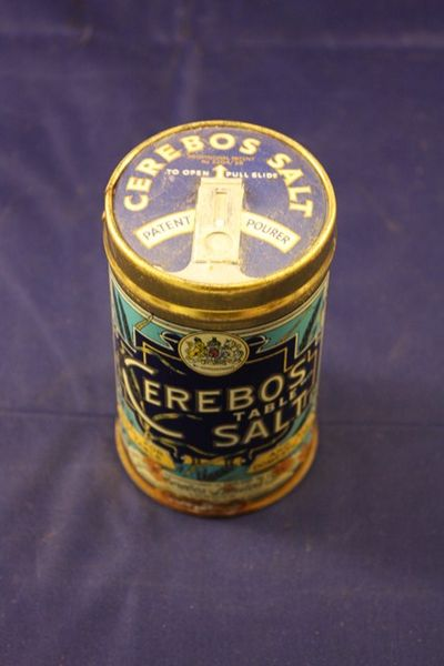 Cerebos Salt Tin with pourer