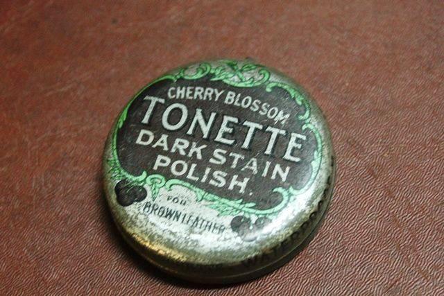 Cherry Blossom Tonette Boot Polish Tin