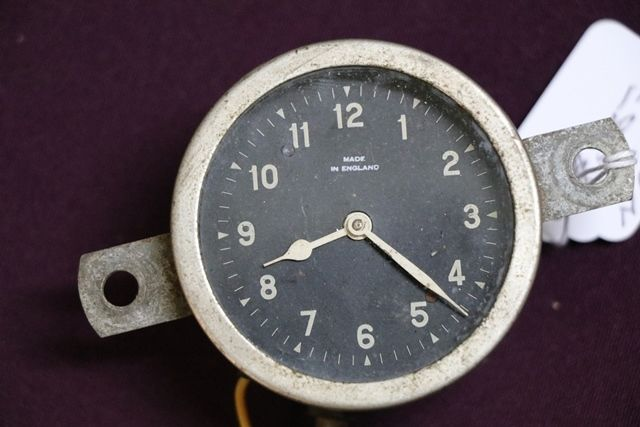 Early Smith Dash Clock