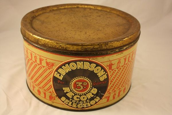 Edmondsons Record Toffee Selection Round Tin