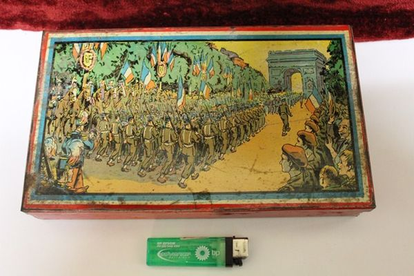 French World War 1 Tin