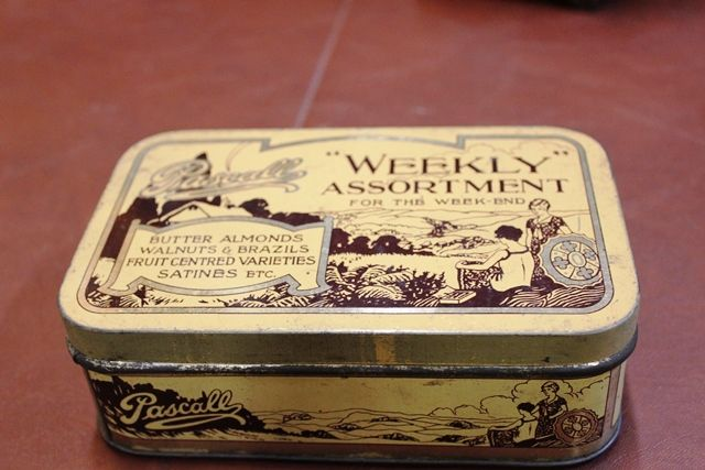 Pascall Weekly Assortment Sweets Tin