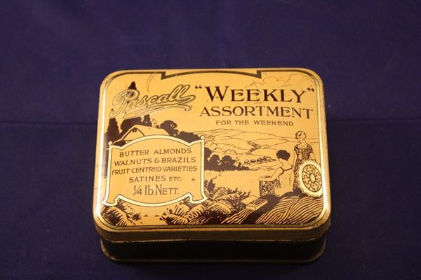 Pascalls Weekly Assortment For the Weekend Tin