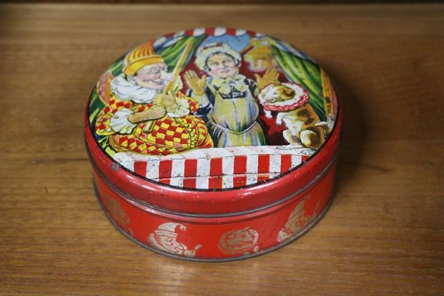 Punch and Judy Biscuit Tin