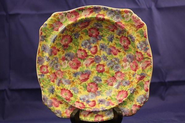 Royal Winton +quotRoyalty+quot bowl