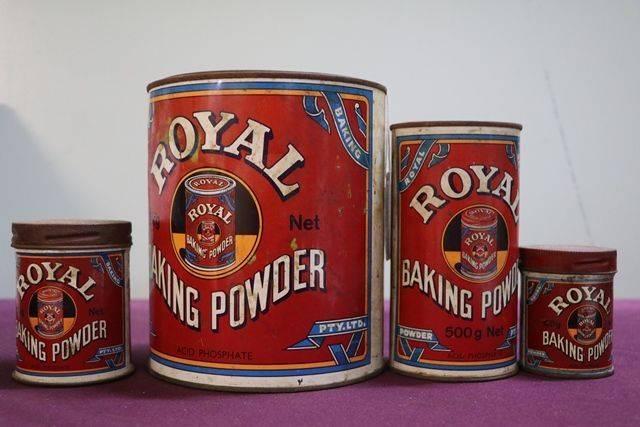 Set Of 4 Vintage Royal Baking Powder Tins