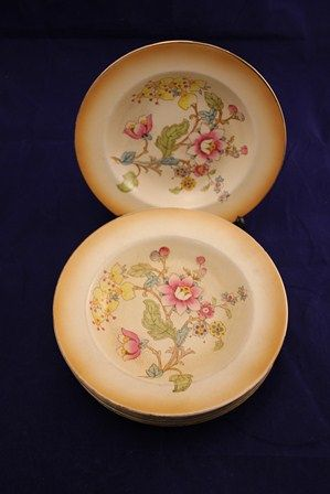 Set of 6 Crown Devon Bowls