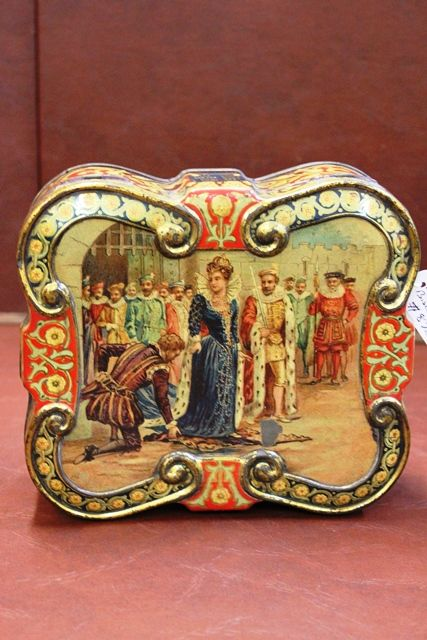 Victorian Macfarlane Lang and Co Biscuit Tin