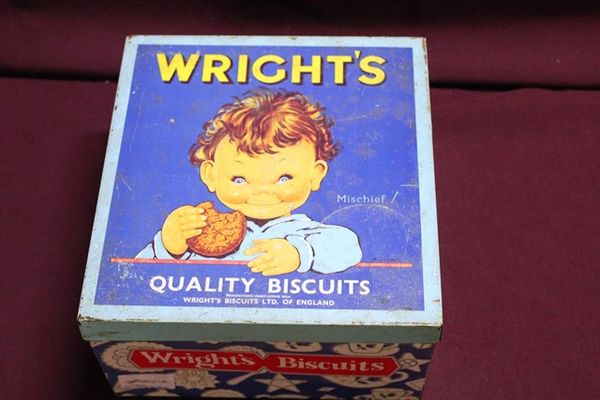 Wrights Quality Biscuits Pictorial Tin