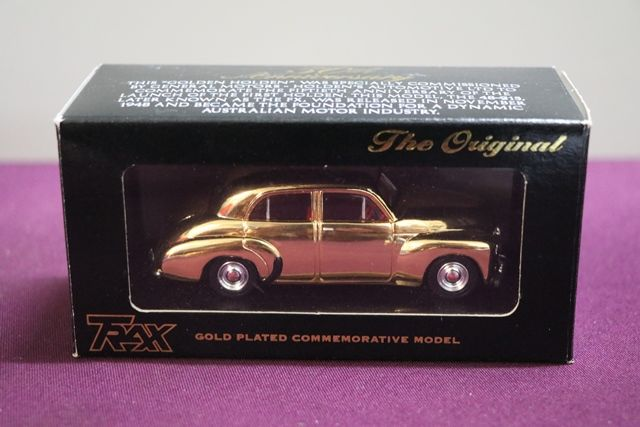 Trax The Original TR60D Gold Plated Holden 48215 Model Car
