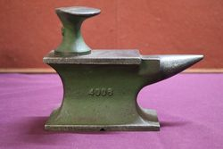 Lovely Quality Small Harper Iron Anvil. #