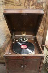 HMV andquotHis Masterand39s Voiceandquot Gramophone