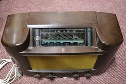 Philips Brown Bakelite Radio