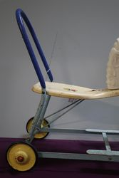 A RideOn TriAng Horse