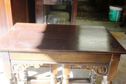 Early 20th Century Oak Nest Of Three Tables
