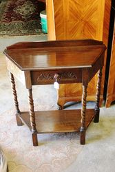 Small Oak Hall Table C1920 On Barley Twist Legs