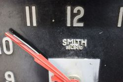 Art Deco CravenandquotA Plastic Smiths Electric Wall Clock
