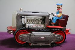 """1 Vintage Toy """"Lited Piston Action Tractor"""" battery operated with v"""