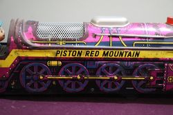 Battery Operated  Vintage Tin Litho Piston Red Mountain 4191
