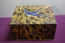 Blue Bird Luxury Assortment Tin