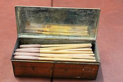Bryant And Mayand96s Motor Matches Tin With Contents